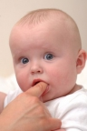 Adverse effects of numbing medications for teething in babies